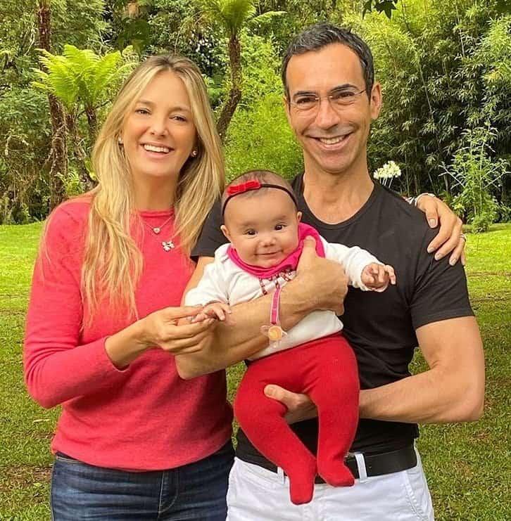 Ticiane Pinheiro e César Tralli com sua fofa bebê