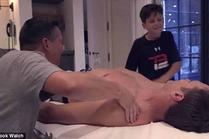 Acompanhe a sequência das imagens do selinho entre Tom Brady e seu filho Jack