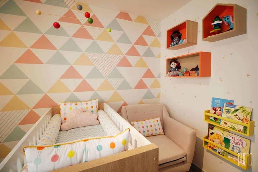 Tons claros para o quarto de bebê unissex