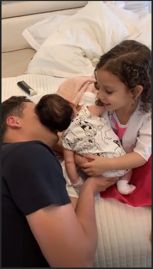 Papai Safadão com seus filhos Dom e Ysis
