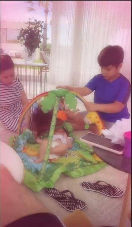 Wesley Safadão compartilhou uma imagem com Yhudy, Ysis e Thyane Dantas e o fofo Dom