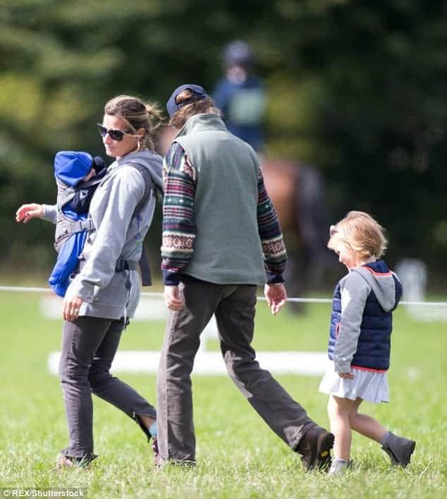 Foto da bebê Lena, a caçula da família real britânica