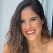 Camilla Camargo mostrou sua barriga de grávida