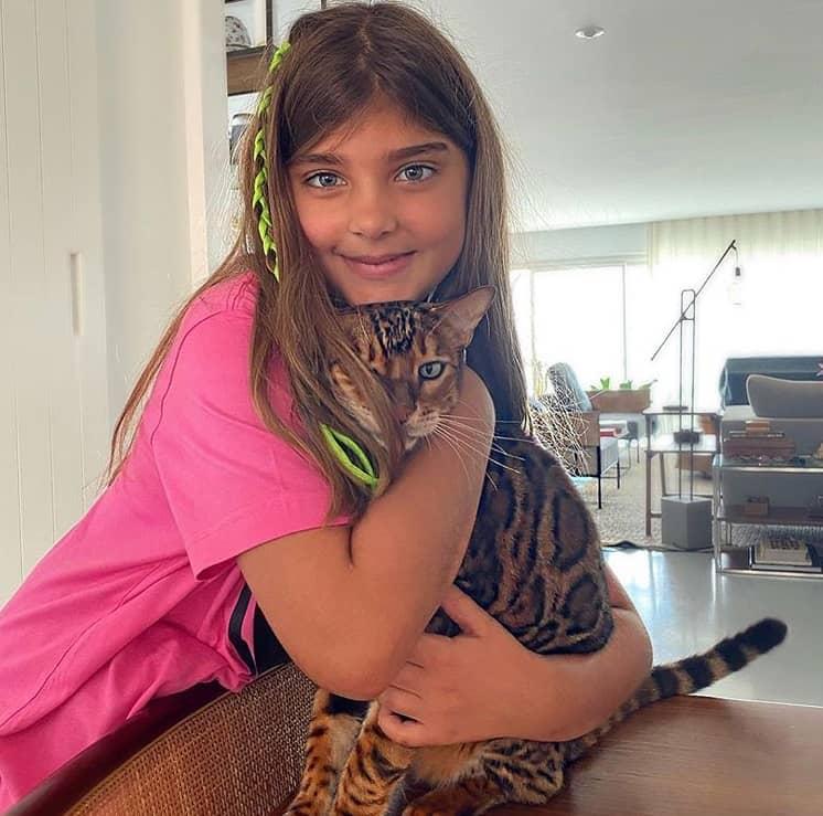 A menina Sofia, filha de Cauã Reymond com Grazi Massafera