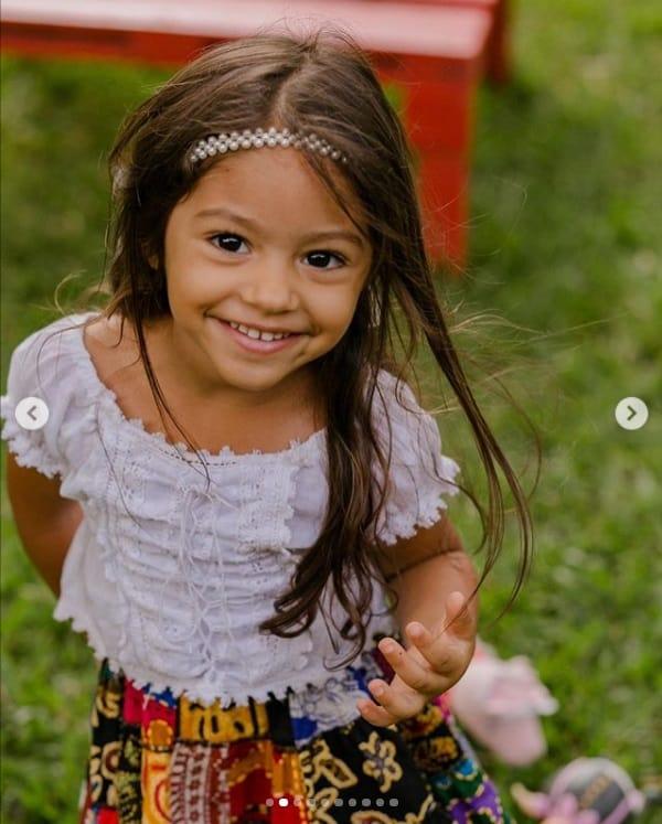 A filha da atriz Juliana Alves, a pequena Yolanda