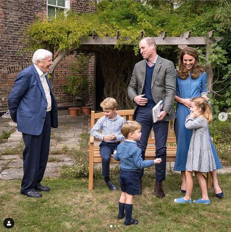 A duquesa Kate Middleton e o príncipe William com seus filhos