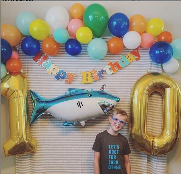 O menino completou 10 anos de vida