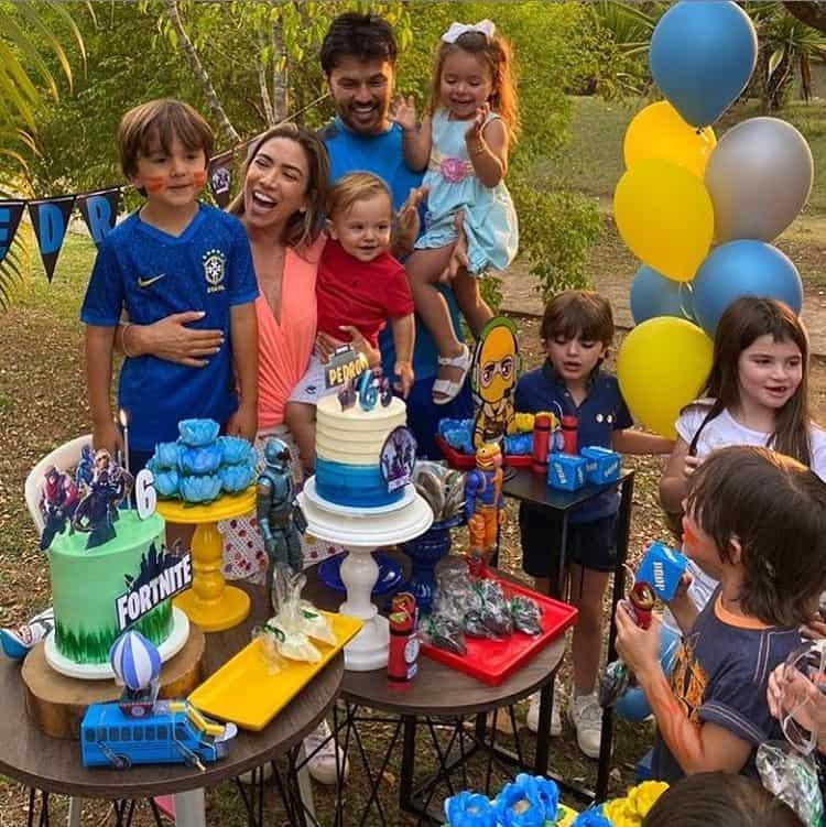 Patrícia Abravanel comemorando o aniversário de seu filho Pedro