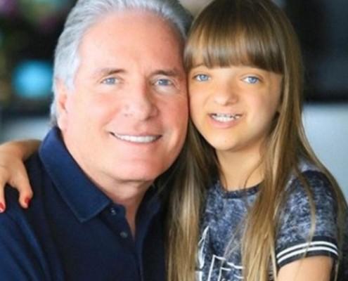 Rafaella Justus apareceu no lindo quarto do pai Roberto Justus
