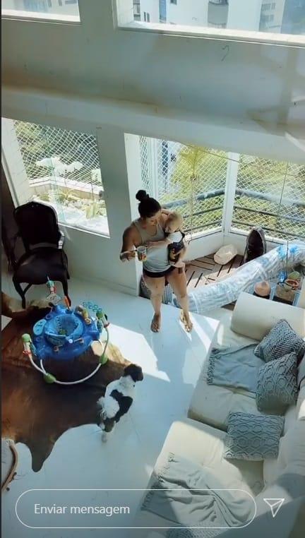Filho de Thammy Miranda com Andressa Ferreira no duplex reformado