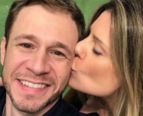 Esposa de Tiago Leifert mostrou o barrigão de grávida