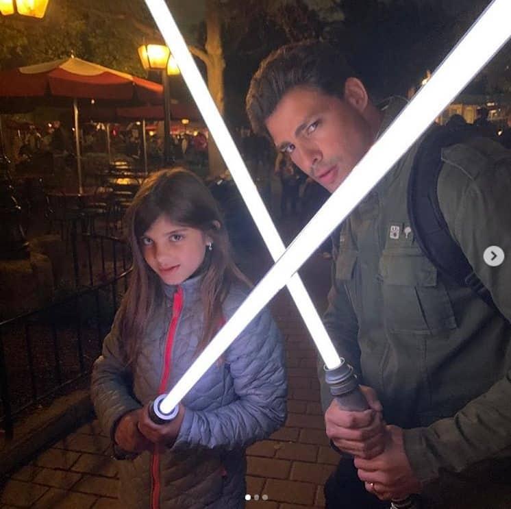 Cauã Reymond com Sofia, sua filha com Grazi Massafera