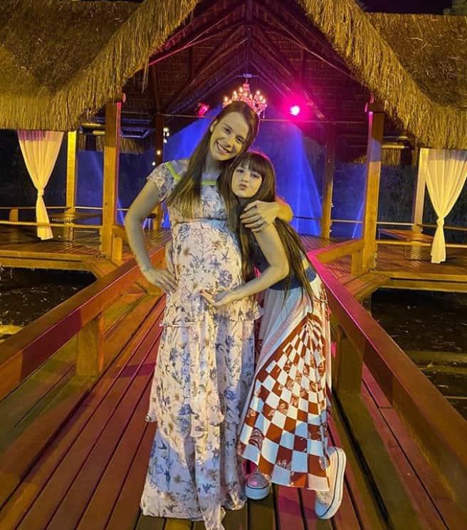 Jéssica Diehl esperando seu filho com Luccas Neto