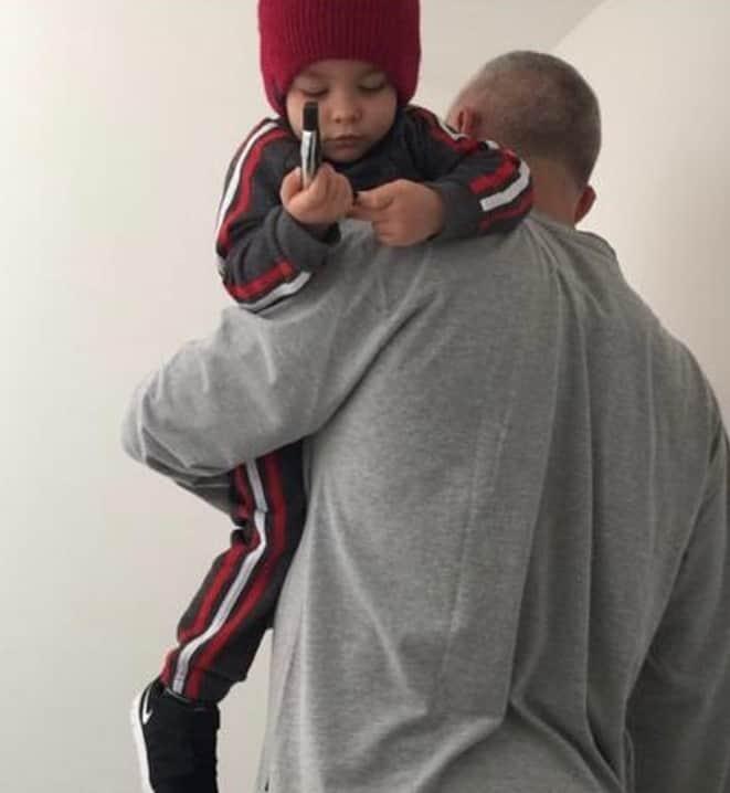 Alexandre com seu filho de seis anos com Ana Hickmann