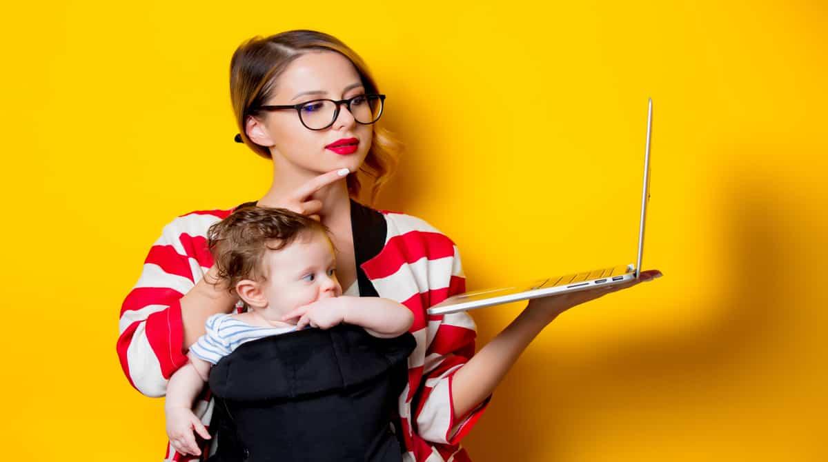 As vantagens e desvantagens de uma creche ou babá