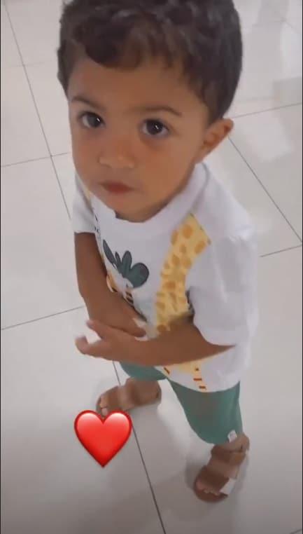 O pequeno Miguel, filho do cantor Felipe Araújo