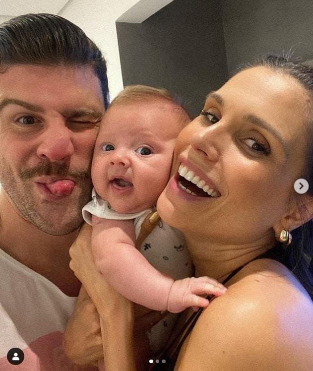 Flávia Viana e o noivo com o pequeno Gabriel
