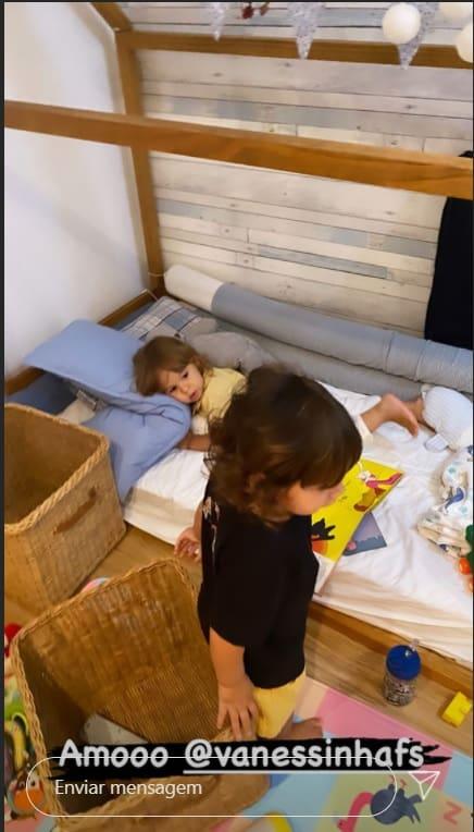 Bebê de Isis Valverde no seu novo quarto