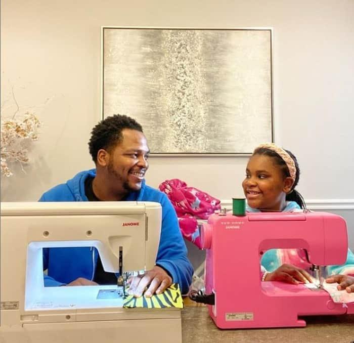 Pai e filha fazem sucesso com suas roupas na internet