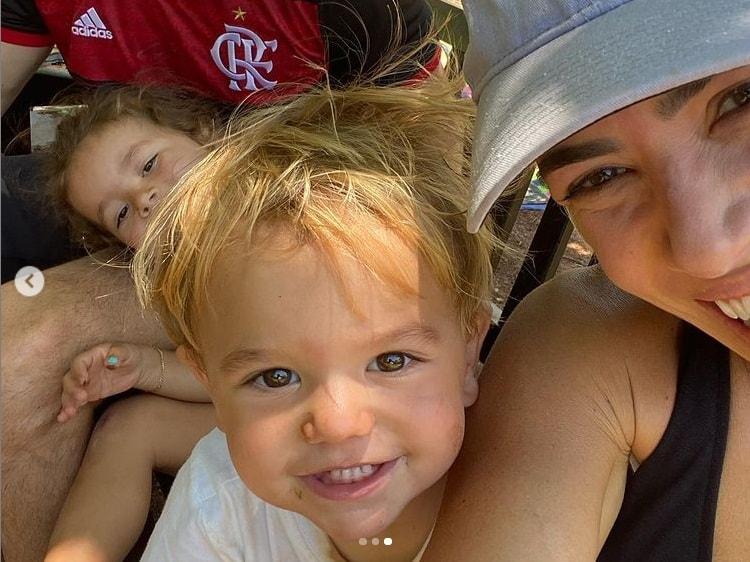 Patrícia Abravanel com seus filhos Senor e Jane