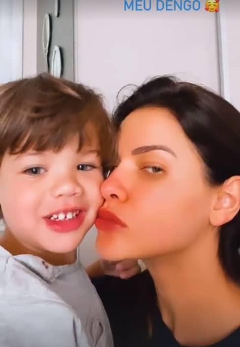 Andressa Suita com o pequeno Gabriel