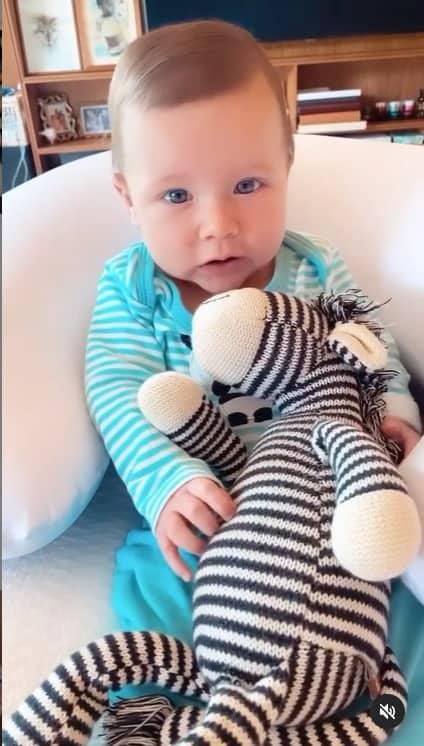 O filho mais novo de Bruno Gagliasso e Giovanna Ewbank