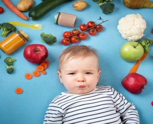 Muitos alimentos devem ser evitados antes dos dois anos de idade