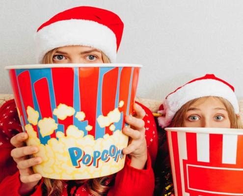 Veja algumas ideias de filmes natalinos para crianças para se divertir com os pequenos