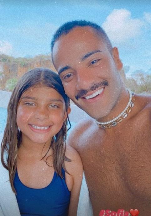 A filha dos atores Cauã Reymond e de Grazi Massafera