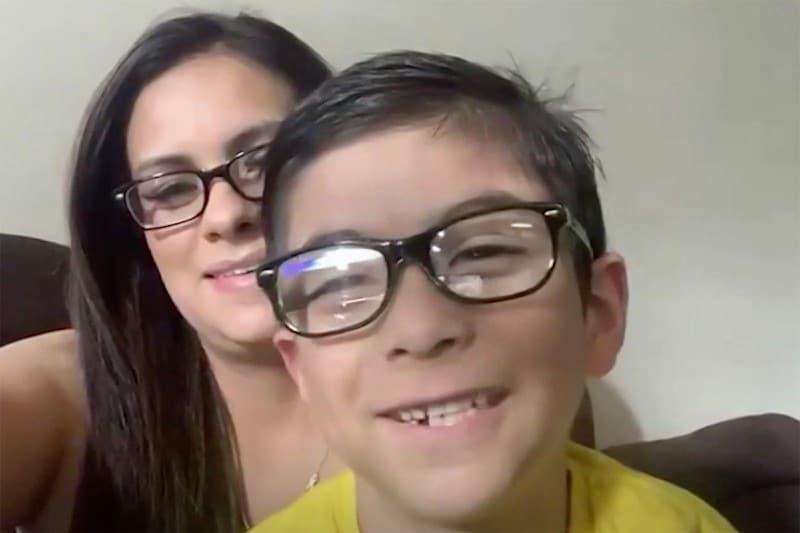 Para sua mãe, o menino provou que é um herói