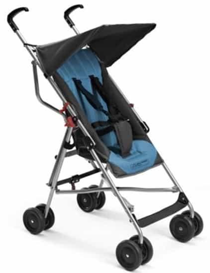 Entre os tipos de carrinho de bebê mais comuns estão os dobráveis