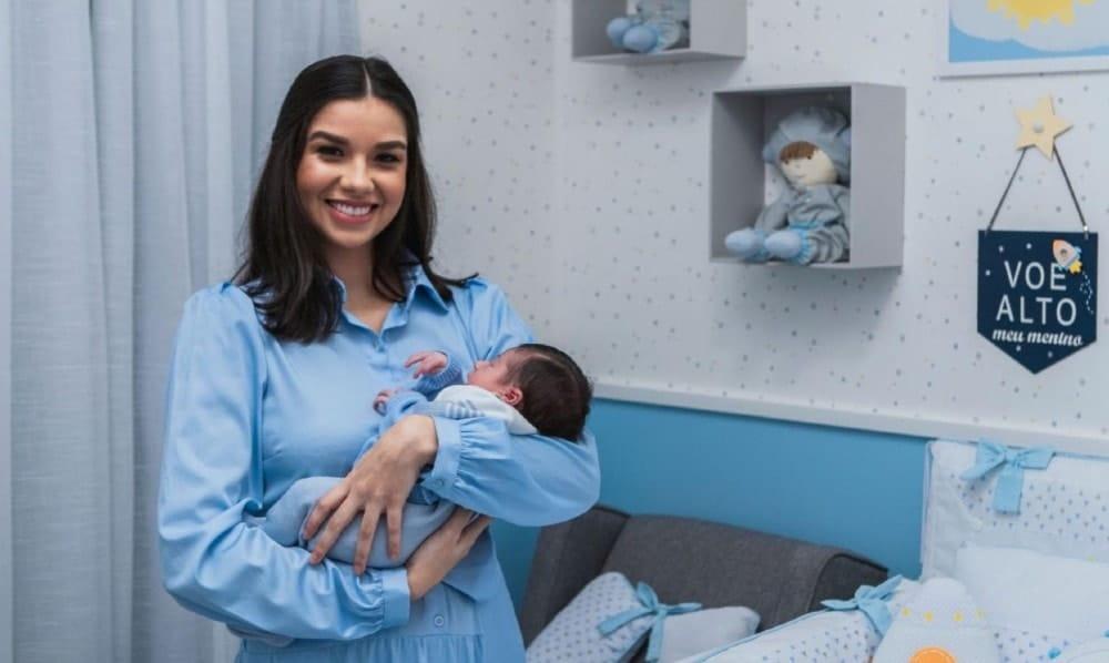 Irmã de Andressa Suita, Luara, no quarto do bebê dele