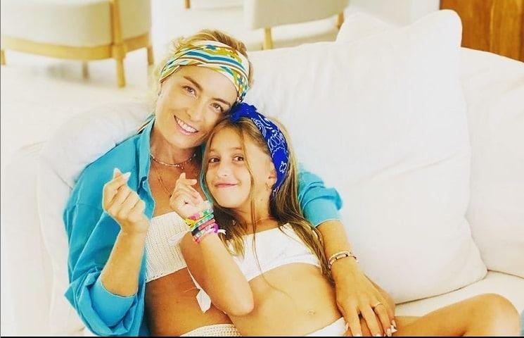 Angélica ao lado de sua filha caçula Eva