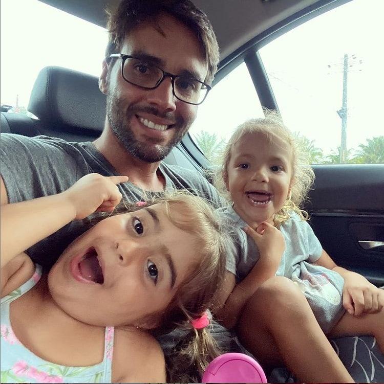 Daniel Cady e as filhas gêmeas com Ivete Sangalo