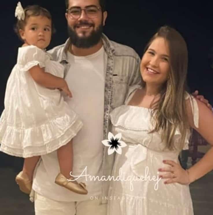 Henrique com sua esposa e a primogênita