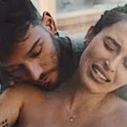 Lucas Lucco e Lorena Carvalho no nascimento de seu filho