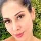 Mayra Cardi apareceu com a filha na luxuosa piscina da sua mansão
