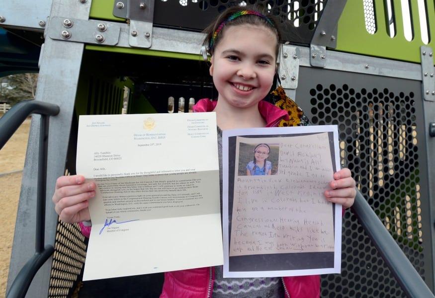 A menina enviou uma carta ao Congresso Americano pedindo ajuda para as pessoas surdas
