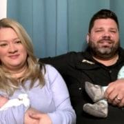 Os quadrigêmeos ficaram na UTI, enquanto os pais não puderam visitá-los