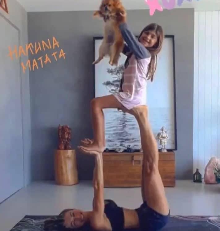 Grazi Massafera com a pequena Sofia, sua filha