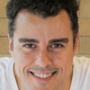 Joaquim Lopes mostrou suas gêmeas e encantou