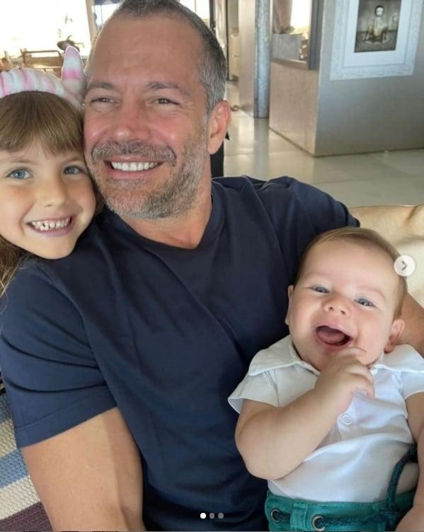 Malvino Salvador e dois dos filhos