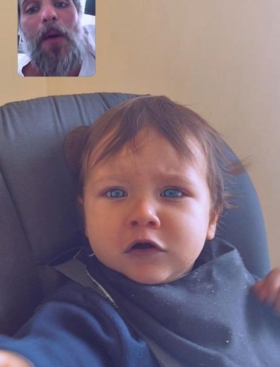 Bruno Gagliasso interagindo com o filho Zyan
