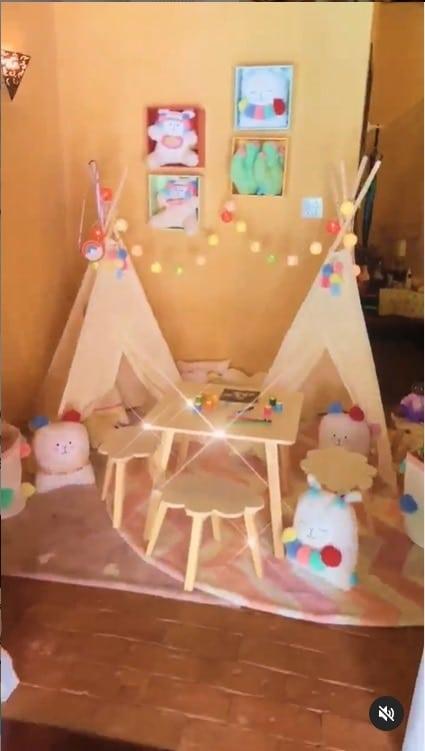 Duda Nagle mostrou estes detalhes do quarto de sua filha com Sabrina Sato