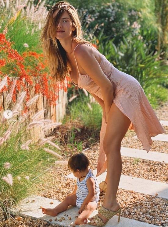 Giovanna Ewbank e o seu bebê Zyan