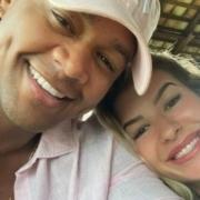 Léo Santana e Lorena Improta compraram o enxoval de sua bebê
