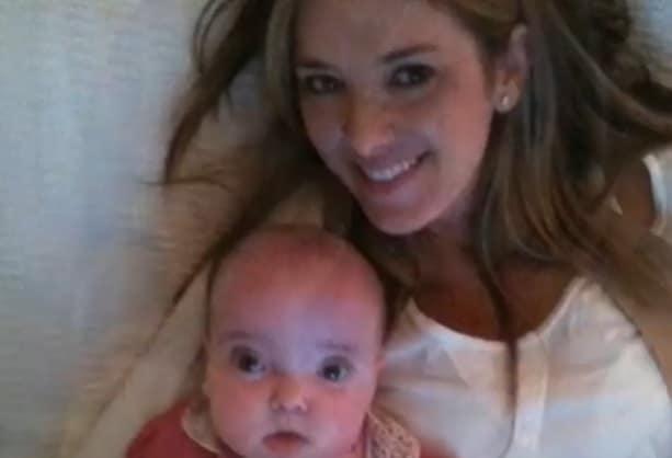 Rafaella Justus bebê junto com a mãe