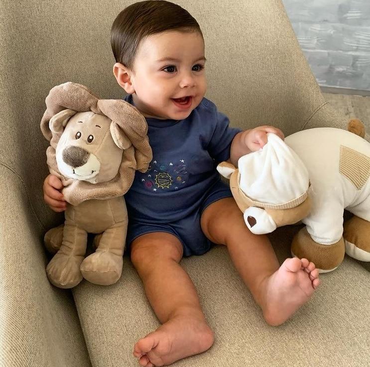 O pequeno Antonio Enrico, que é filho da atriz Sthefany Brito