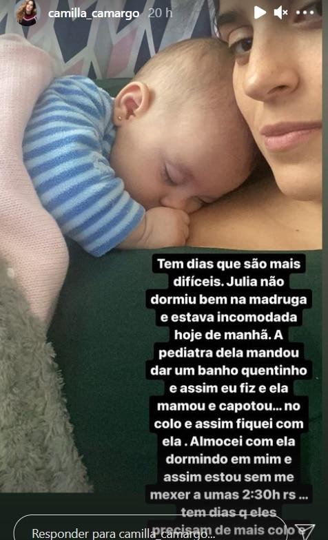 Camilla Camargo e sua bebê Julia de apenas três meses