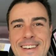Joaquim Lopes surgiu com suas gêmeas idênticas